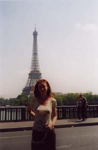 REKA - EIFFLE TOWER FROM R