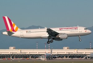 26F1BDEE00000578-3010610-This_Germanwings_Airbus_A320_carrying_144_passengers_and_six_cre-a-48_1427318148532