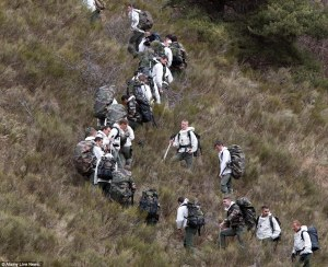 26FB18BD00000578-3010610-French_mountain_troopers_are_climb_a_hill_near_the_makeshift_hel-a-4_1427318127783