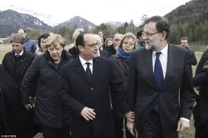 26FB390300000578-3010610-French_President_Francois_Hollande_centre_Spain_s_Prime_Minister-a-6_1427318128070